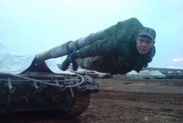 عکس لحظه شلیک تانک،سربازان گمنام امام زمان،خط مقدم جبهه
